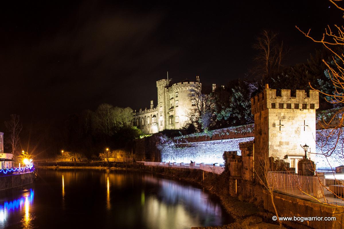 Kilkenny Castle at night