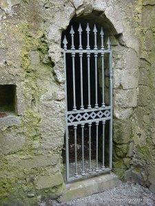 mccarthys_tower_doorway